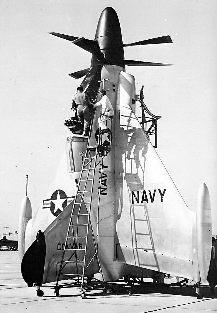 Vue du XFY-1 avant le décollage